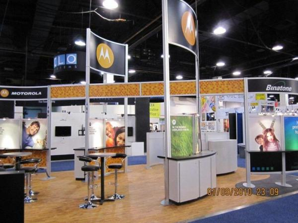 RE-9031 Rental Exhibit / 20� x 30� Island Trade Show Display � Image 4